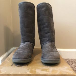 Gray Tall Ugg Boots Size 8